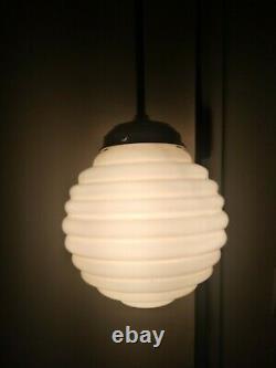 Art deco bauhaus ceiling lamp. 1920/30. Original. Opaline globe