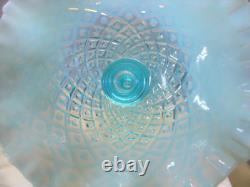 FENTON GLASSMNT&PERFVINTAGE50sBLUE OPALESCENTDIAMOND LACE1 HORN10EPERGNE