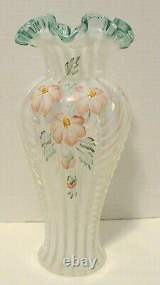 Fenton 11 Vase Sea Mist Green Crest Opalescent Meadow Beauty Feathered Vase