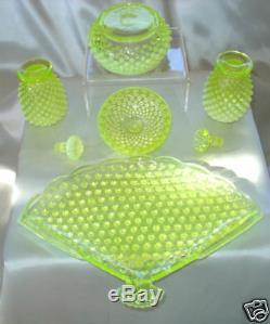 Mntvintagefenton Glasstopazvaselineopalescenthobnailperfume/powder/vanity