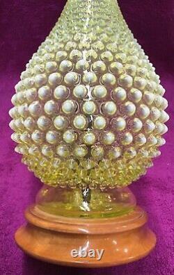 RARE VINTAGE FENTON VASELINE GLASS HOBNAIL TOPAZ OPALESCENT LAMP 1940's