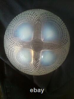Rene Lalique Opalescent Coquilles Bowl No 3204 13cm In Good Condition