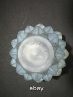 Rene Lalique Opalescent Glass'Rampillion' Vase