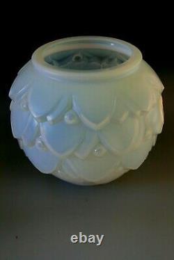Sabino Opalescent Glass Vase Pivoines