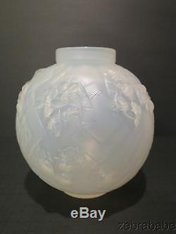 Sabino (Paris) Les Abeilles Opalescent Vase (Beehive Bees)