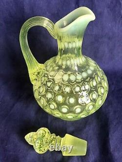 VINTAGE FENTON ART GLASS VASELINE TOPAZ OPALESCENT POLKADOT CRUET PITCHER n1