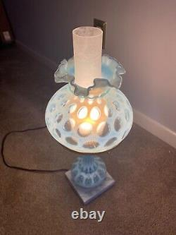 Vintage Opalescent Blue Fenton Glass Lamp Tested Working