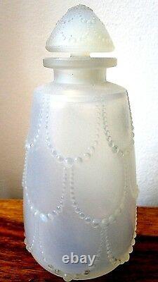 Bouteille De Parfum Opalescent De R. Lalique'perles