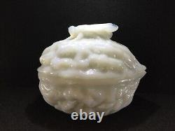 Ca. 1841 Vallerysthal, Verre Opaline, Walnut & Fly Covered Trinket Dish, Exc