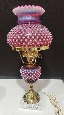 Fenton 18 Vintage Cranberry Opalescent Lampe De Hobnail Avec Base En Marbre