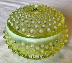 Fenton Art Glass Topaze Jaune Opalescent Cloutés Poudrier