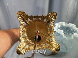 Fenton Bleu Verre Opalescent Fern & Daisy Motif Lampe De Table Électrique