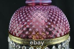 Fenton Cranberry Opalescent Cloutés Autant En Emporte Le Vent Lampe Avec Hanging Prismes