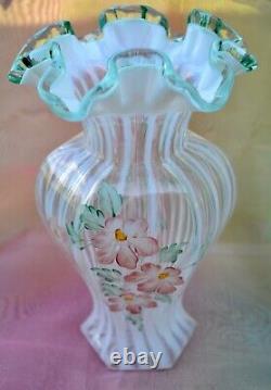 Fenton Signé D Robinson Opalescent Meadow Beauté 9.5 Vase Sea Green Crest Rim
