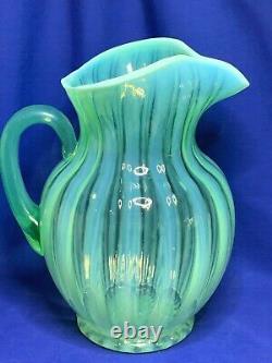 Fenton Vert Opalescent Art Verre Rib Optic Modèle Pichet