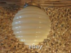Lampe De Suspension Art Déco Bauhaus 1920/30. Verre Vert D'opaline