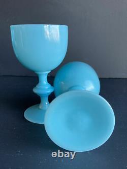 Millésime 1930 Français Portieux Vallerysthal Opaline Verre Bleu 4.5 Verre À Vin