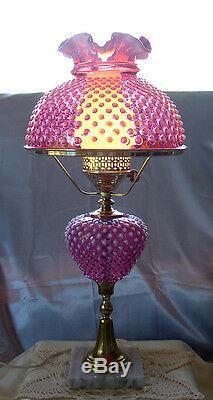 Mintyvintage50sprelogofentonglasscranberry Opalescenthobnailhuge25lamp