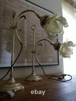 Paire De Lampe En Bronze Art Déco. Tulipe Opalescente. Uranium, Verre Vaseline