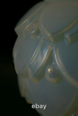 Pivoines De Vase De Verre Opalescent Sabino