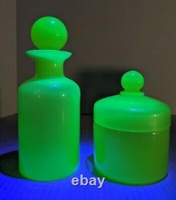 Portieux Vallerysthal Pots Opalin Apothécaires Verre Vaseline Obstrué Et Lité