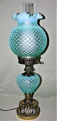 Rare Vintage Fenton Art Glass Gwtw Blue Opalescent Hobnail Lampe