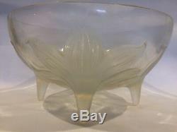 René Lalique Lys Opalescent Art Glass Bowl Circa 1924