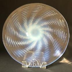 Rene Lalique Ondes 11 Plaque Opalescente Spirale