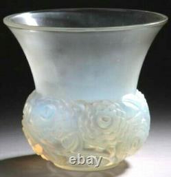 Rene Lalique Vase Renoncules Verre Opalescente De 15 CM De Haut R. Lalique Vase Rare