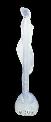 René Lalique'suzanne ' En Verre Opalescent Statuettes