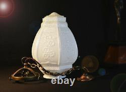 Superbe Tout Original Autrichien 1940 Art Déco Opaline Plafond Lanterne Légère