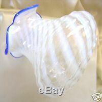 + Tmn Perfvintage30'sfenton Glassblue Ridgespiral Opalescentxsrc8187vase