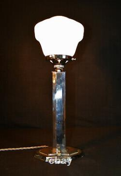 Vintage Années 1930 Art Déco Lampe Chromée Octogonale Design Géométrique Opaline Ombre