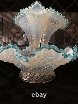 Vintage Fenton 3 Horn Epergne Diamond Lace Aqua Blue Crest Français Opalescent