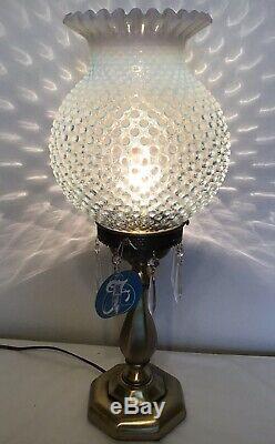 Vintage Fenton Art Glass Français Opalescent Cloutés Lampe