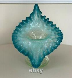 Vintage Fenton Jack In The Pulpit Cloutés Opalescent Bleu Et Vert Vase Tulipe