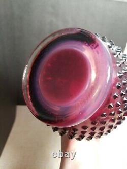 Vtg Fenton Art Glass Plum Opalescent Cloutés Extensible Pitcher Vase 14 Avec Poignée